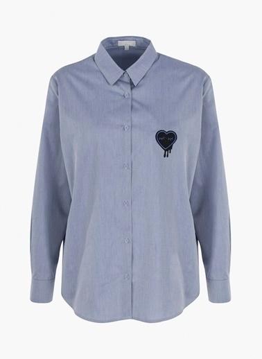 Kalp Broş Nakışlı Gömlek-Twist